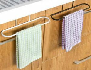 Дверца шкафа с перильцами для полотенец
