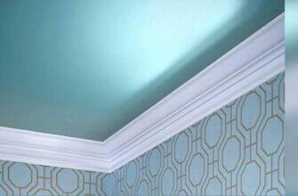 Собираемся красить потолок, как разобраться с краской