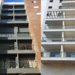 Стеклянное ограждение на балконе: создайте свое идеальное пространство