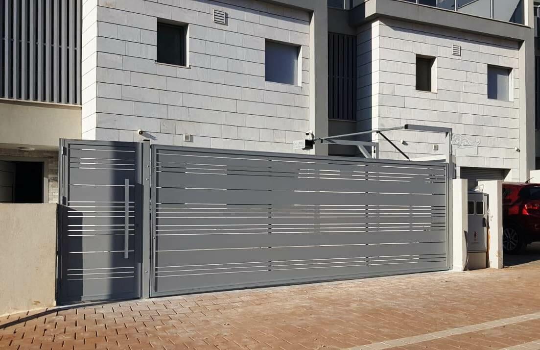Алюминиевые перголы, заборы, окна, трисы и навесы. Любые конструкции из алюминия в Израиле.